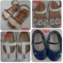 Lote sandália e sapatilha