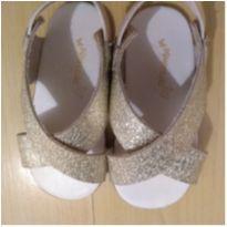 Sandalia Dourada Maravilhosa - 21 - Pimpolho