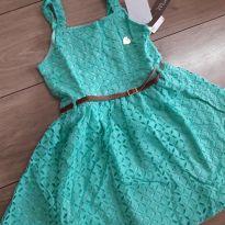 Vestido verde Mundi tamanho 6 - 6 anos - Mundi