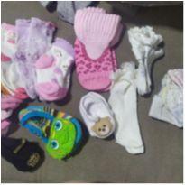 Lote de meias bebê - 3 a 6 meses - Várias