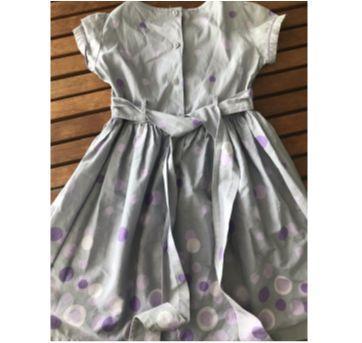 Vestido de bolas lilás - 8 anos - Não informada
