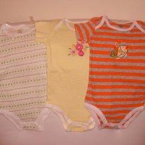 3 BODIES CARTER´S DE MANGA CURTA - novos - 6 meses - Carter`s