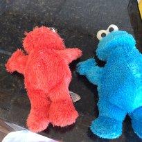 Kit 2 pelúcias  cokkie monster muppets -  - Muppets