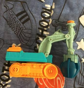 Caminhão playdohh town(2) - Sem faixa etaria - Playskool