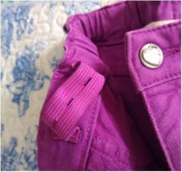 Calça roxa com bolso de coração - 4 anos - H&M