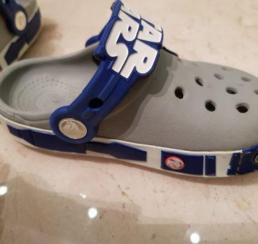 Crocs CB Star Wars R2D2 Clog Infantil - 24 - Crocs