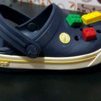Crocs original com jibbitz lego