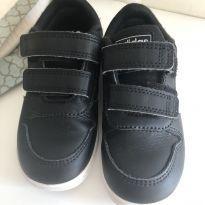 Adidas preto - 23 - Adidas