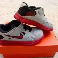 para Shirley - Tênis Nike flex Supreme - 25 - Nike