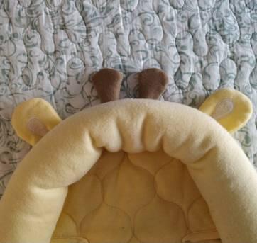 Suporte de cabeça de girafinha (para bebê conforto e carrinho) - Sem faixa etaria - Importada