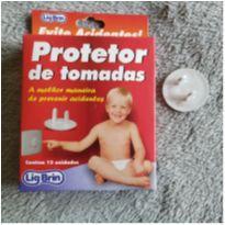 Protetor de tomadas -  - Sem marca