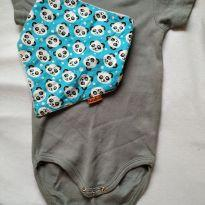 Body cinza liso + BRINDE - 9 a 12 meses - Luvable Friends - USA