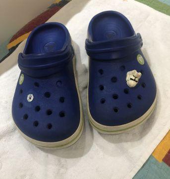 Crocs Azul J1 (32 Brasil) - 32 - Crocs