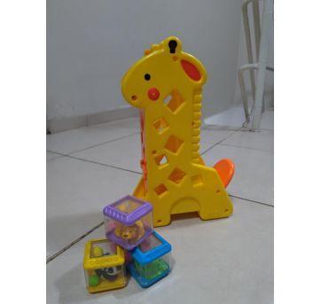 Girafa musical com bloquinhos - Fisher Price - Sem faixa etaria - Fisher Price