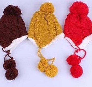 fdf2a240d0cd0 Touca de inverno com protetor de orelha Infantil Meninas e Meninos  Material  Lã e Acrílico Para crianças de 2 a 4 anos. Tamanho  largura é de  22 cm