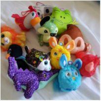 Kit 12 brinquedinhos de pelúcias