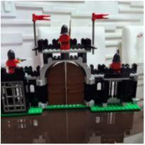 6059 - Knight`s Stronghold 224 peças -  - Lego