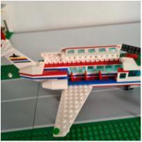6391 International Jetport 541 peças -  - Lego