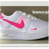 Nike Air branco - 25 - Nike