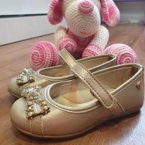 Sapato Dourado - 23 - Pinokio