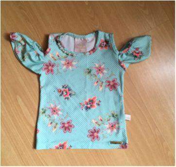 Blusa Floral verde com aplicação de pedrinhas - Kiki Xodó - 2 anos - Kiki Xodó