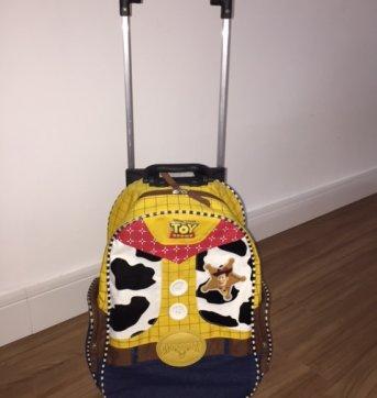 Mochila tipo Mochilete com rodinhas Woody Toy Story - Sem faixa etaria - Toy Story