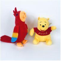2 Pelúcias - Ursinho Pooh e Arara -  - Disney