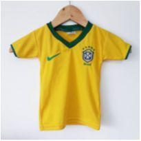 camiseta de time de futebol infantil Brasil - 6 meses - Sem marca e sem etiqueta