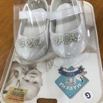 Sapato - bebê - Tamanho G ou 17