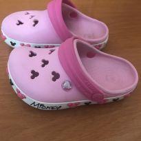 Crocs Clog K Crocband Minnie Rosa Claro  - Número 6 - 7 ou equivalente ao 21/22