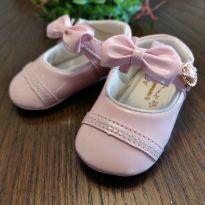 Sapatilha bebê rosa com laço - 04 - Pimpolho