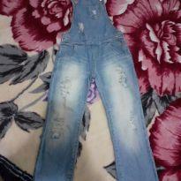 Jardineira Jeans, destroyed!! Figurinha. - 4 anos - Figurinha