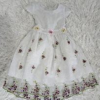 Vestido Princesinha - 4 anos - Não informada