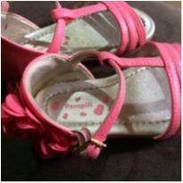 Lote calçados verão - 21 - Pampili e Toke