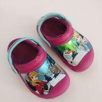 Crocs quentinha Frozen (item 665) - 21 - Crocs