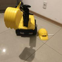 Caminhão Max Escavadeira Para Sentar Com Capacete -  - Tilly Baby