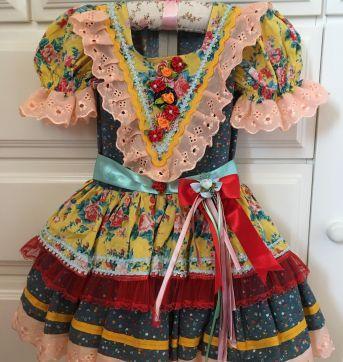171 Vestido festa junina - 3 anos - Não informada