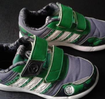 ae2396a99af Tênis original Adidas do Hulk. Tamanho 27-28. US 12K. UK 11.5 K. FR 30.  Tamanho da palmilha interna  18