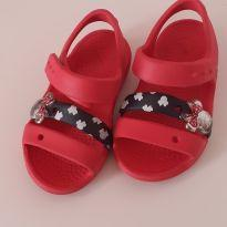Sandália Crocs Minnie - C6 tam 20-21 - 20 - Crocs
