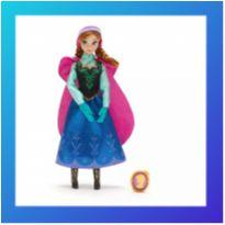Boneca Anna Classic Doll Disney Store -  - Disney Store