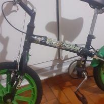 bicicleta infantil ben 10 -  - Ben 10