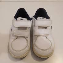 Tênis Nike de velcro - 26 - Nike