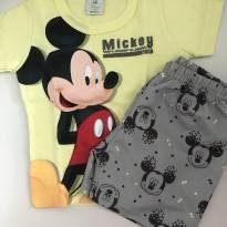 Lindo conjunto shorts e camiseta - Mickey - 6 meses - Disney baby