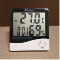 Termo-Higrômetro digital - indica temperatura, umidade do ar e relógio -  - Não informada