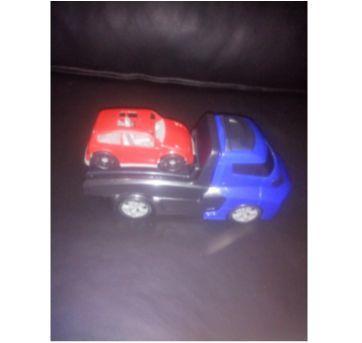 Caminhonete de resgate - Invictus Resgate Cardoso toys - Sem faixa etaria - Brinquedos Cardoso