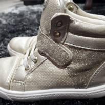 Tenis cano Alto tipo Sneaker Dourado - 27 - Sonho de Criança