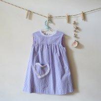 Vestidinho xadrez lilás com coração