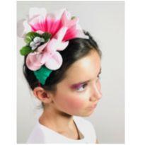 flores e boto cor de rosa -  - Não informada
