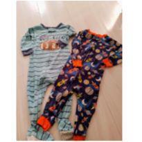 Combo Pijamas Carter`s ( são 4 macacões ) - 12 a 18 meses - Carter`s
