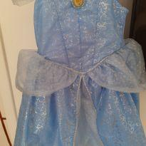 Vestido Cinderela original disney 4/5 Anos - 4 anos - Disney